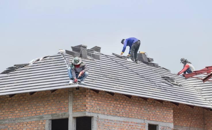 Dlaczego warto wybrać dachówkę betonową?