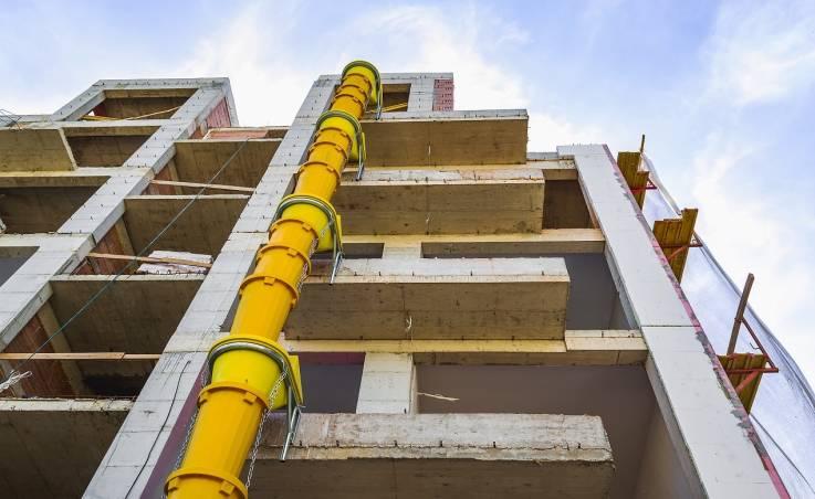 Jak zamontować zsyp budowlany?