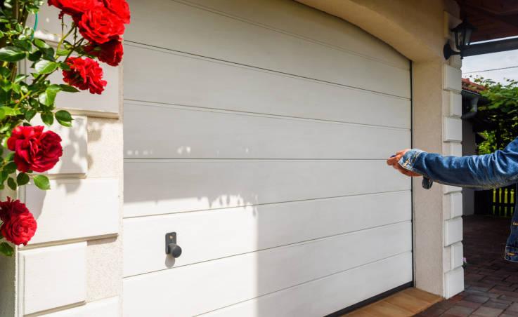 Zalety automatycznych bram garażowych