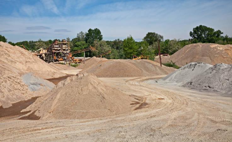 Jak właściwie magazynować piasek?