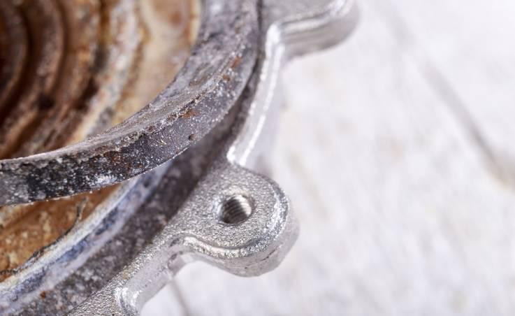Jak jakość wody wpływa na tworzenie się kamienia kotłowego?