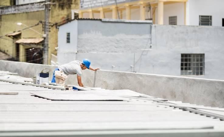 Jak prawidłowo wykonać termoizolację dachu?