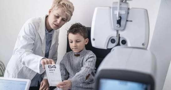 Jak sprawdzić, czy dziecko ma problemy ze wzrokiem?