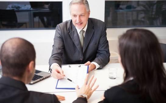 Jak uzyskać notarialne poświadczenie nabycia spadku?