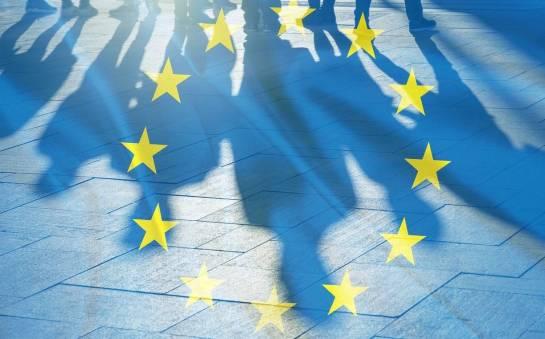 Czy Polacy szukający zatrudnienia w krajach unijnych muszą posiadać zezwolenie na pracę?