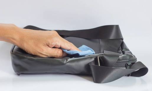 Jak pielęgnować torby z naturalnej skóry?