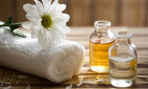 Jak wybrać odpowiedni olejek do aromaterapii?