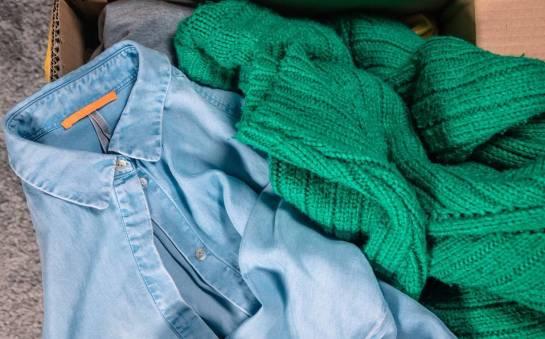Gdzie kupować tanią odzież używaną online?