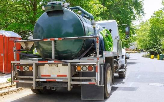 Jak często oczyszczać osadniki w oczyszczalniach ścieków?