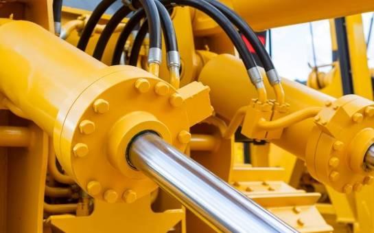 Jak dbać o stan techniczny siłowników hydraulicznych?