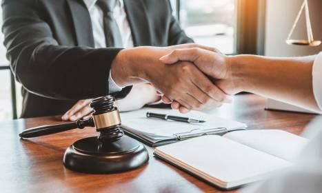 Na jaką pomoc mogą liczyć przedsiębiorcy, decydując się na obsługę prawną kancelarii?