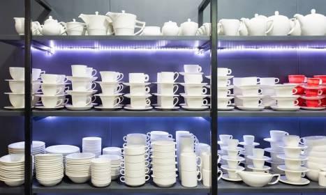 Systemy oświetlenia LED do mebli sklepowych
