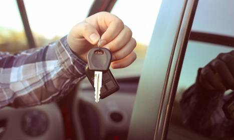 Jakie są warunki wypożyczania aut dostawczych?