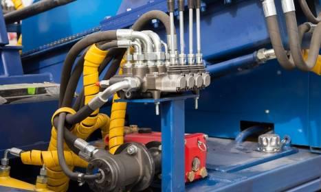 Oleje niezbędne do sprawnego działania maszyn rolniczych