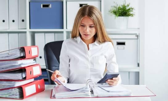 W jaki sposób należy sporządzać listę płac w firmie?