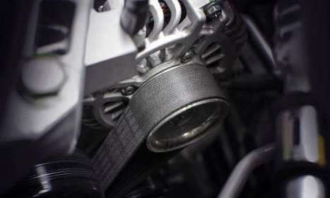 Jak przebiega wymiana rozrządu w samochodzie i kiedy trzeba ją przeprowadzić?