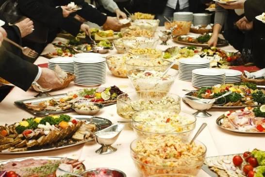 Dlaczego restauracja to dobre miejsce na organizację imprezy okolicznościowej?