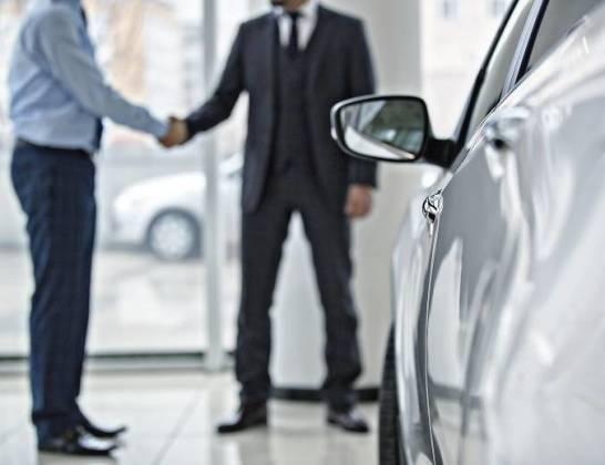 Metody finansowania zakupu pojazdu u dealera samochodowego