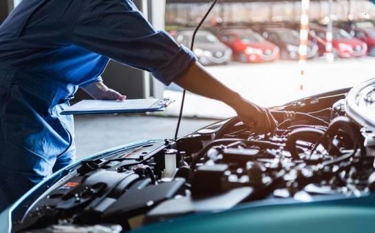 Co obejmuje profesjonalny serwis samochodowy?