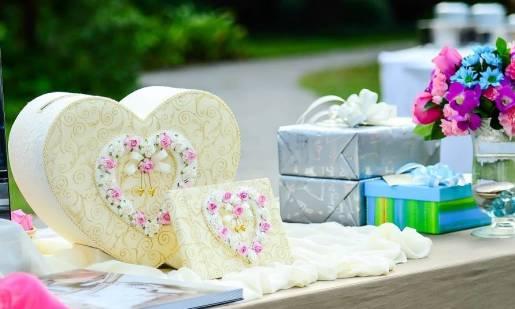 4 pomysły na prezent ślubny dla nowożeńców
