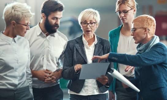 Jak wdrażać zmiany w organizacjach? Procedury i instrukcje