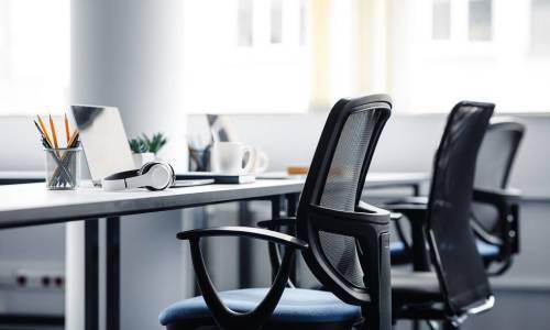 Jak działają oparcia dynamiczne w fotelach?