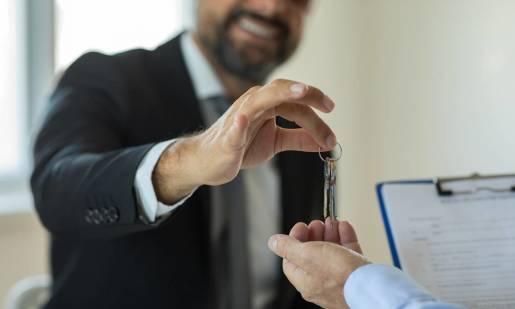 Z jakich etapów składa się proces sprzedaży nieruchomości?