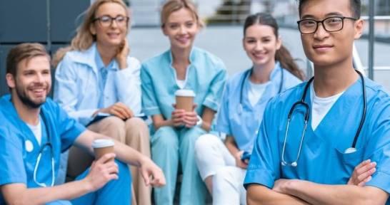 Jak przygotować się do egzaminów na studia medyczne? Kilka praktycznych porad