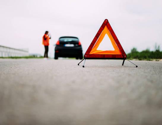 Kiedy skorzystać z pomocy drogowej? Zakres usług