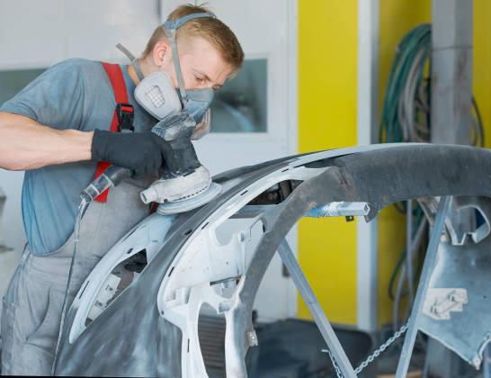 Jaki zakres usług obejmuje blacharstwo samochodowe?