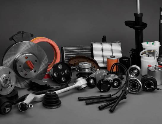Czy warto kupić używane części samochodowe?