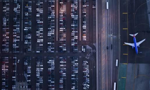 Kto może wynająć samochód? Dla kogo auto z lotniska?