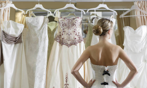 Jak wybrać suknię ślubną i na co zwrócić uwagę?