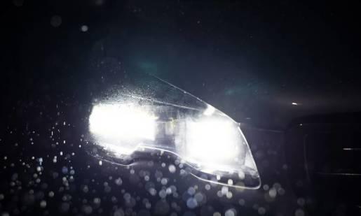 Przerabianie reflektorów w samochodzie. Co jest dozwolone, a co nie?