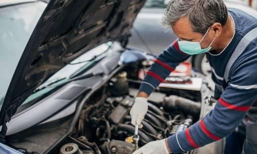 Korzystanie z serwisów samochodowych w dobie koronawirusa. Czy jest się czego obawiać?