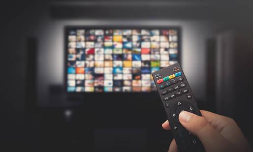 Telewizja z internetem światłowodowym - charakterystyka i zalety rozwiązania