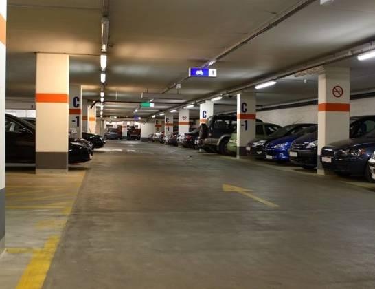 Co poprawia bezpieczeństwo ruchu w garażach podziemnych?