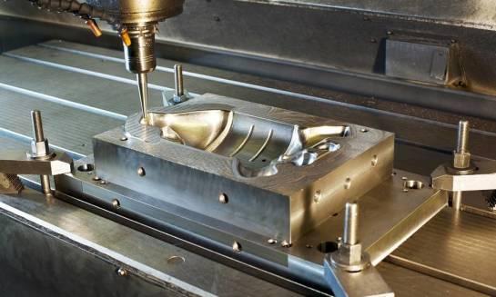 Z czego składa się stanowisko do cięcia na obrabiarkach CNC?