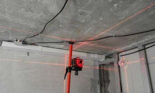 Szybki pomiar pomieszczeń – zastosowanie dalmierzy laserowych