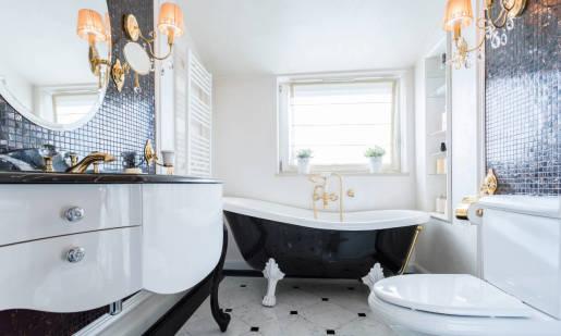 Styl glamour w aranżacjach łazienkowych