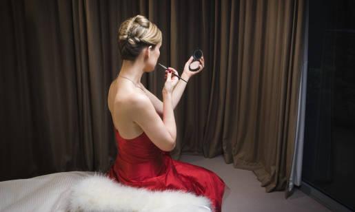 Jak wybrać sukienkę wieczorową?