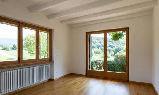 Kiedy najczęściej decydujemy się na drewnianą stolarkę okienną?