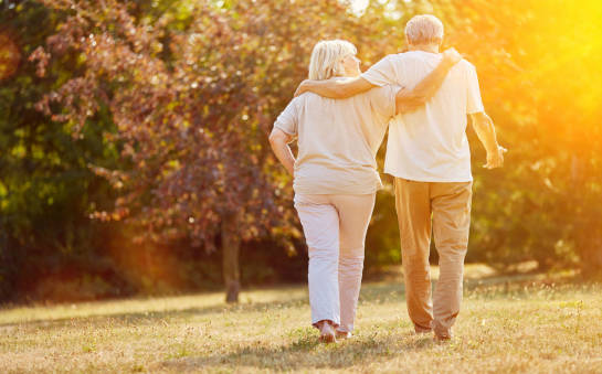 Kocha, lubi, szanuje -  nowe przyjaźnie po 60. roku życia