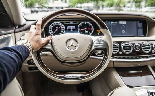 Napędy alternatywne marki Mercedes - gaz i hybryda