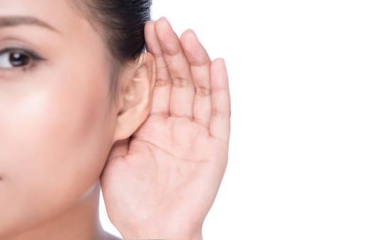 W jaki sposób wykonuje się badanie słuchu?