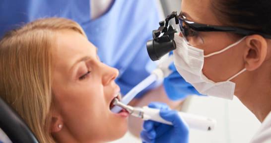 Kiedy konieczne jest leczenie kanałowe zębów?