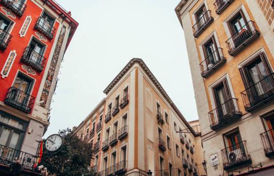Co musisz zrobić, aby kupić mieszkanie w Hiszpanii?