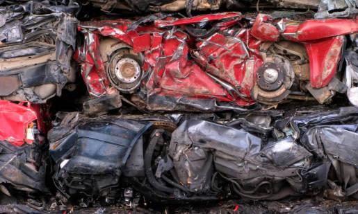 Czy złomowanie samochodów jest bezpieczne dla środowiska?
