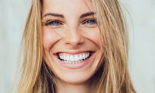 Jak długo działa wybielanie zębów?