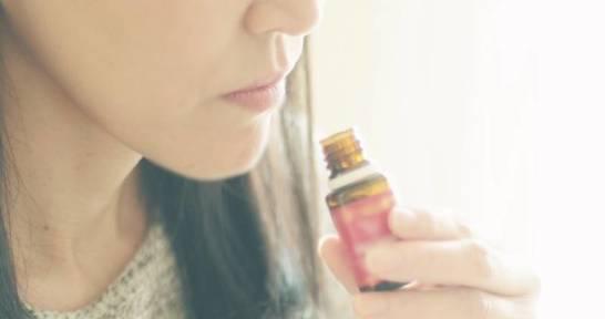 Olejki eteryczne jako pomoc  w walce z bezsennością
